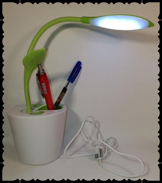 Tolle Schreibtischlampe mit Stifte Halterung von Yizhet